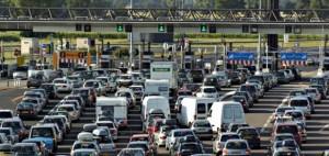 Hausse de la taxe sur les sociétés d' autoroutes